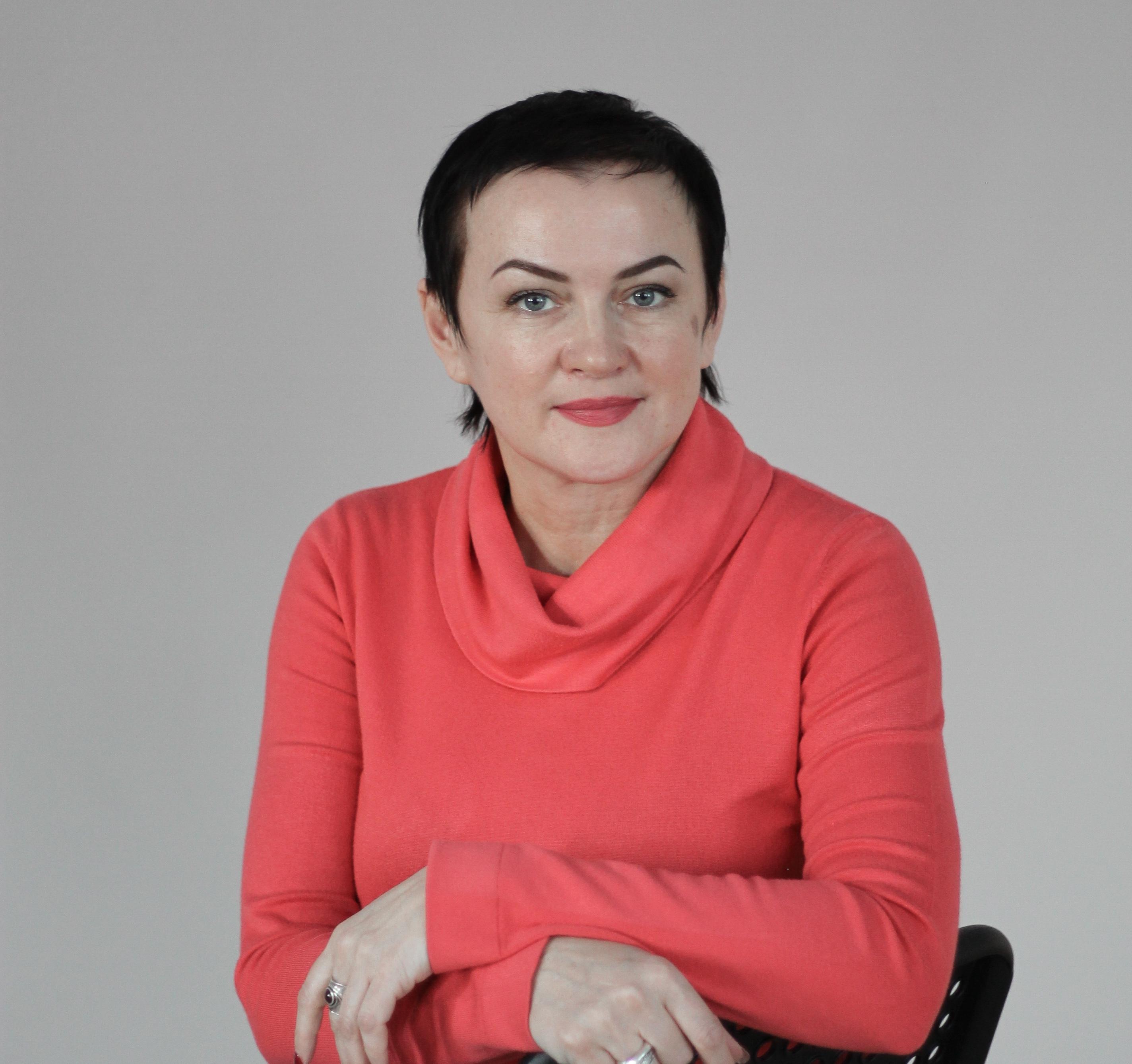 Лариса Естремская